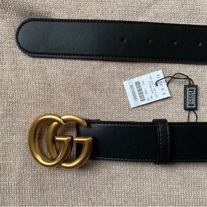 *'Ñéw Gucci Belt GG Goldey